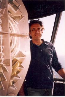 Mario Sanz en la linterna del Faro de Mesa Roldán