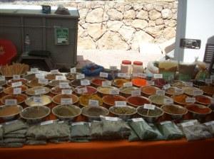 Puesto de especias en el mercado de Villaricos